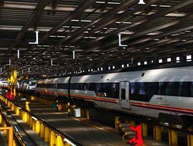 RENFE: Servicio De Mantenimiento De Carretillas Elevadoras De La Base De Mantenimiento De Miranda